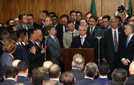 Le-president-bresilien-par-interim-Michel Temer